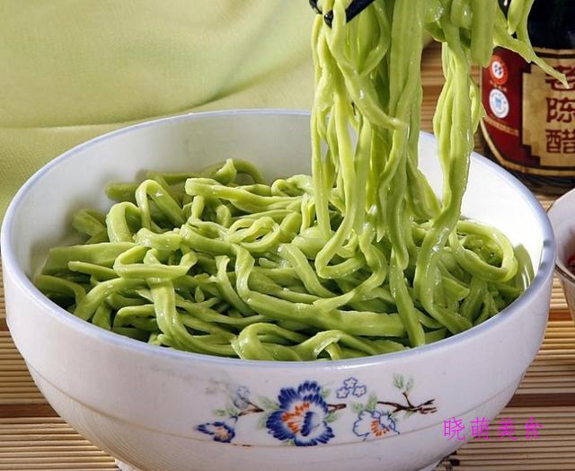 裤带面、老北京炸酱面、手擀面、菠菜手擀面的简单做法,营养美味