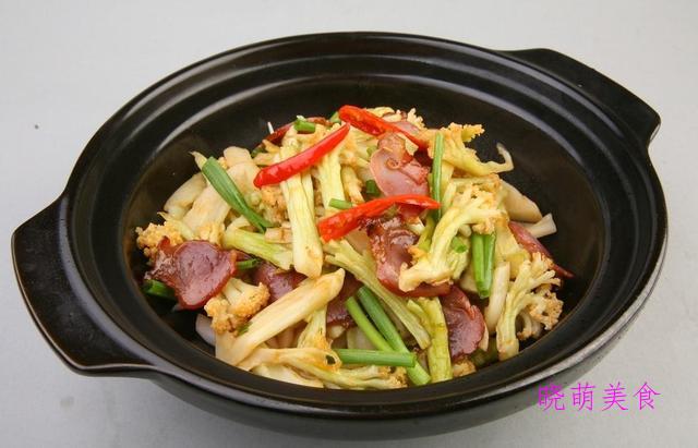 干煸花菜、蒜蓉小龙虾、青椒炒鸡蛋、炸酥肉、秘制带鱼的美味做法