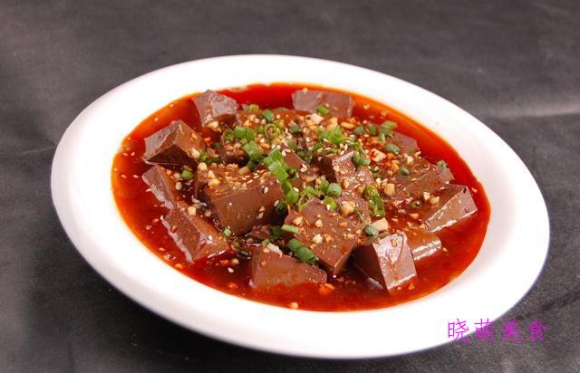 蒜香鸭血、干锅五花肉、香酥排骨、泡椒鸭的家常做法