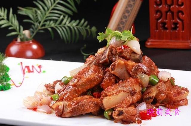 酥炸里脊、酥炸鸡翅、家常鸡柳、素丸子、辣煸排骨的美味做法