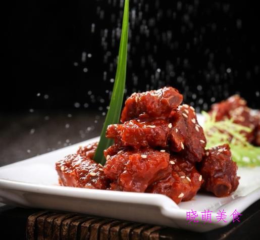 可乐排骨、红酒烧肉、香辣鸡翅、粉蒸牛肉片、小土豆焖肉的做法