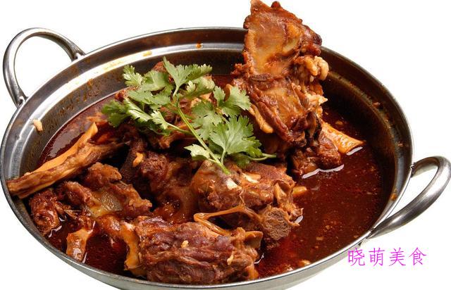 椒盐泥鳅、川味鸡丁、砂锅羊蝎子、酸汤肉片的家常做法
