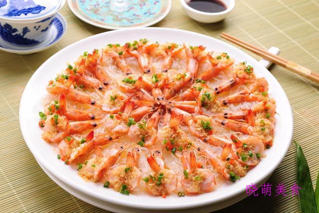板栗烧猪尾、爆炒小河虾、蒜蓉开边虾、茄汁排骨的家常做法