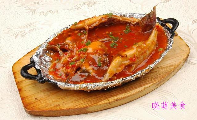 酱烧鲈鱼、香辣包菜煲、咸鱼烧肉、焖酥鱼的家常做法