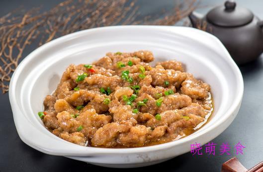 香煎牛仔骨、酥肉蒸碗、川味煸炒鸡、酱牛筋的家常做法