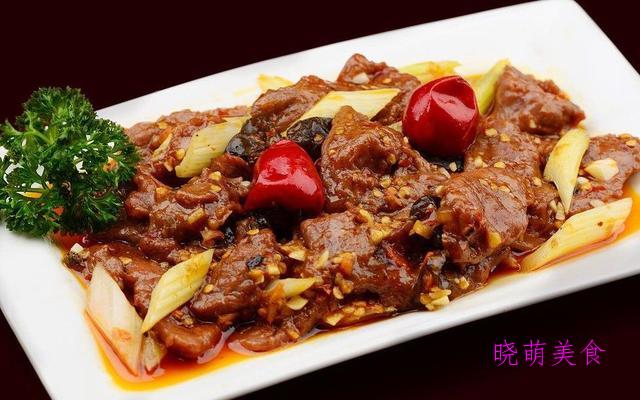 酸菜牛肉、水煮牛柳、香辣鸡丁、酱焖小黄鱼的家常做法