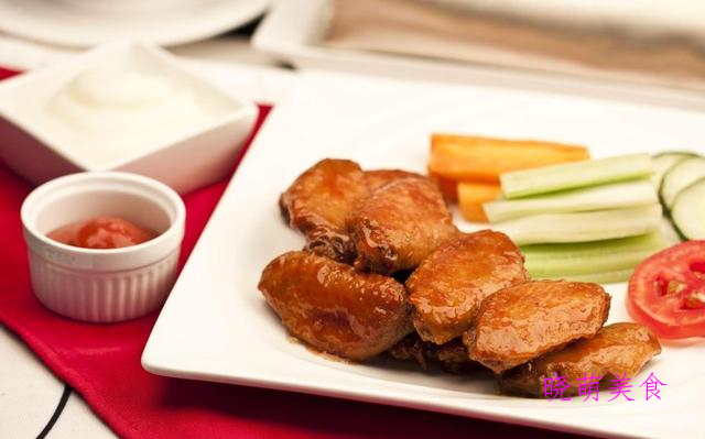 香酥鸭腿、干炸里脊、香酥虾、香酥鸡翅中、炸鱿鱼圈的家常做法