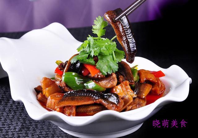 干煸兔丁、川味椒麻鸡、干锅鱿鱼、红烧鳝鱼的家常做法