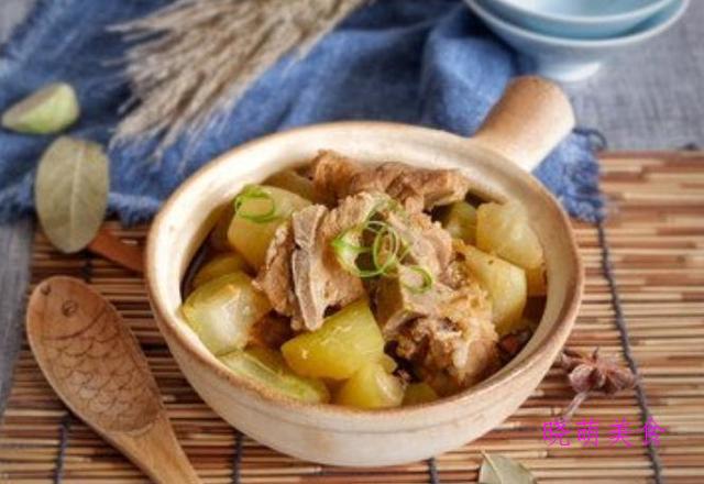花生猪蹄煲、滋味羊肉煲、冬瓜排骨煲、鱼头豆腐煲的家常做法