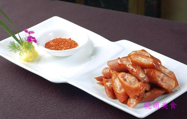 椒盐牛蛙、砂锅焖鸭、红香猪尾、软炸牛柳的家常做法