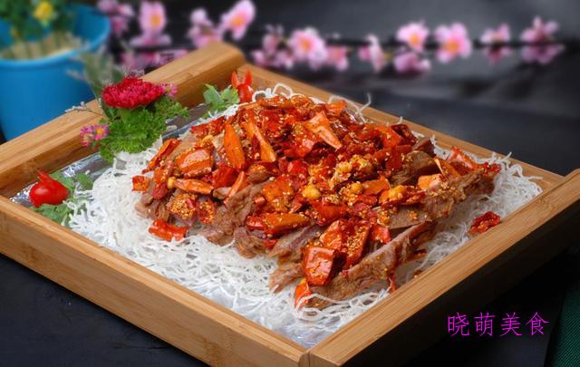 干锅猪皮、椒盐羊排、猪脚烧土豆、水煮兔肉的家常做法