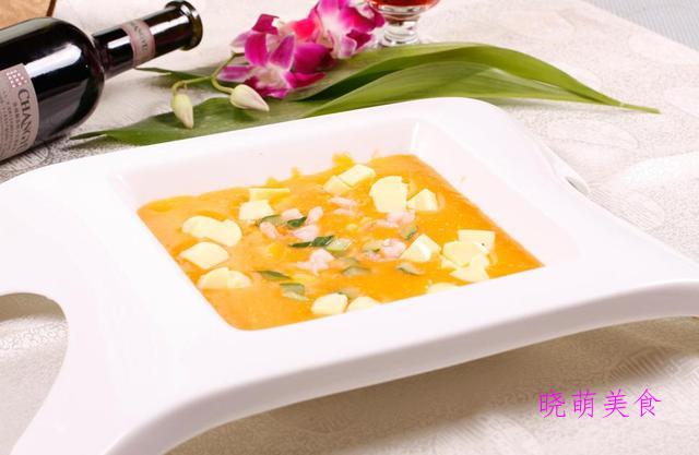 番茄肥牛汤、鱼香杏鲍菇、蟹黄豆腐煲、椒麻鸡丝的家常做法