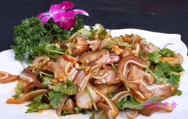 豆豉炒肉、凉拌猪耳朵、麻辣鱿鱼、麻辣鸡块的家常做法