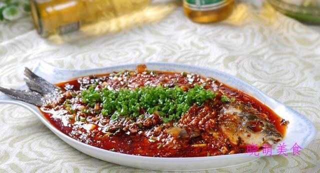 酥炸黄花鱼、麻辣猪肉条、香辣豆瓣鱼、卤水鹅胗的家常做法