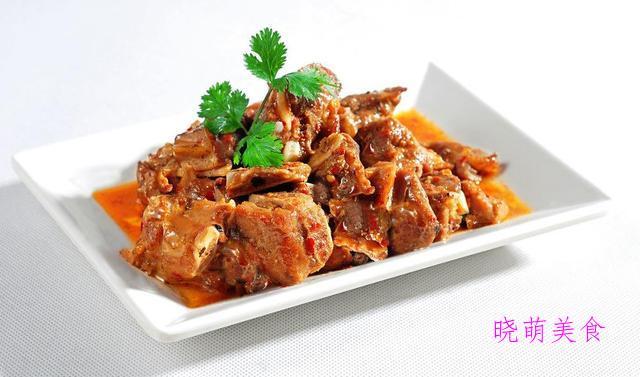 萝卜烧肉、排骨上山药煲、麻辣手撕鸡的家常做法