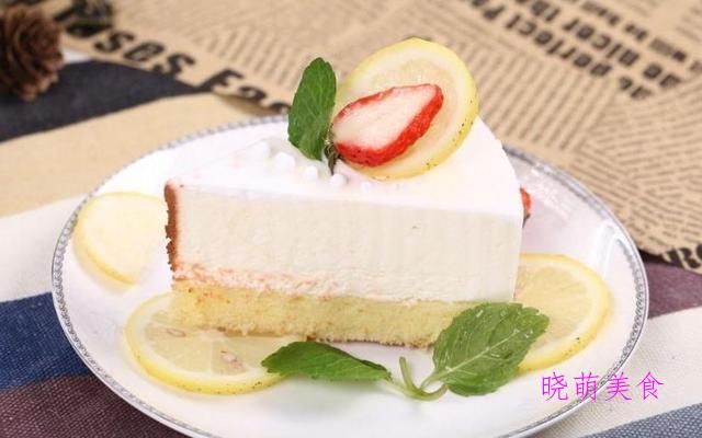 酸奶芝士蛋糕、火龙果慕斯蛋糕、枣泥餐包、板栗磅蛋糕的家常做法