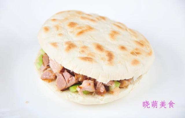 牛肉蒸包、白菜水饺、牛肉夹馍的家常做法