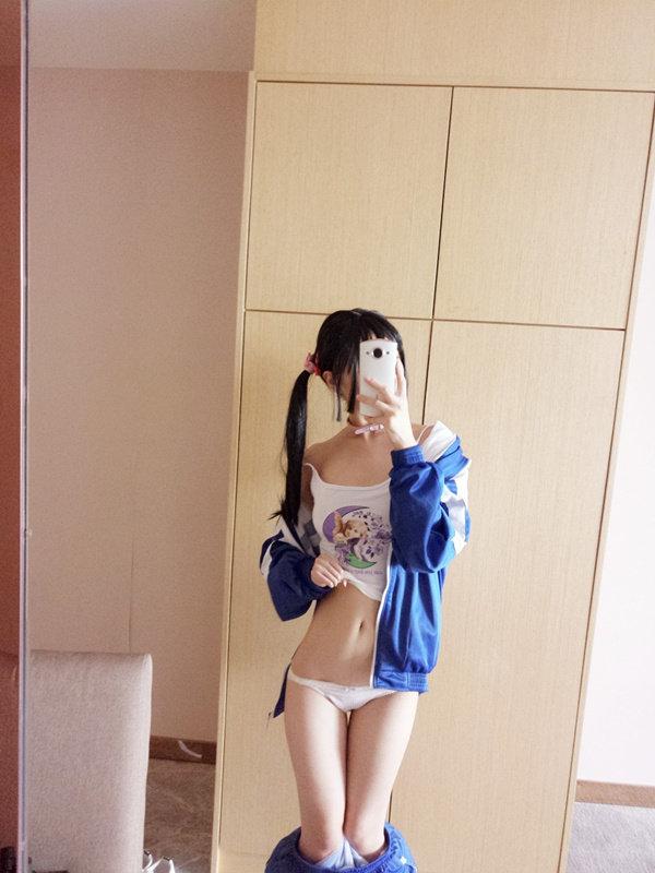赛高酱-蓝色校服[152P+4V/161MB]