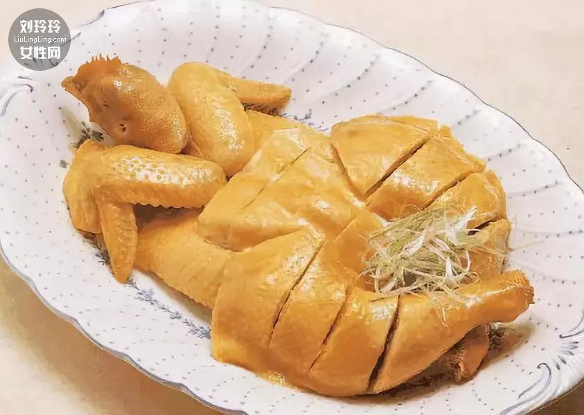白切鸡的正宗做法 白切鸡冷水下锅还是热水下锅?3