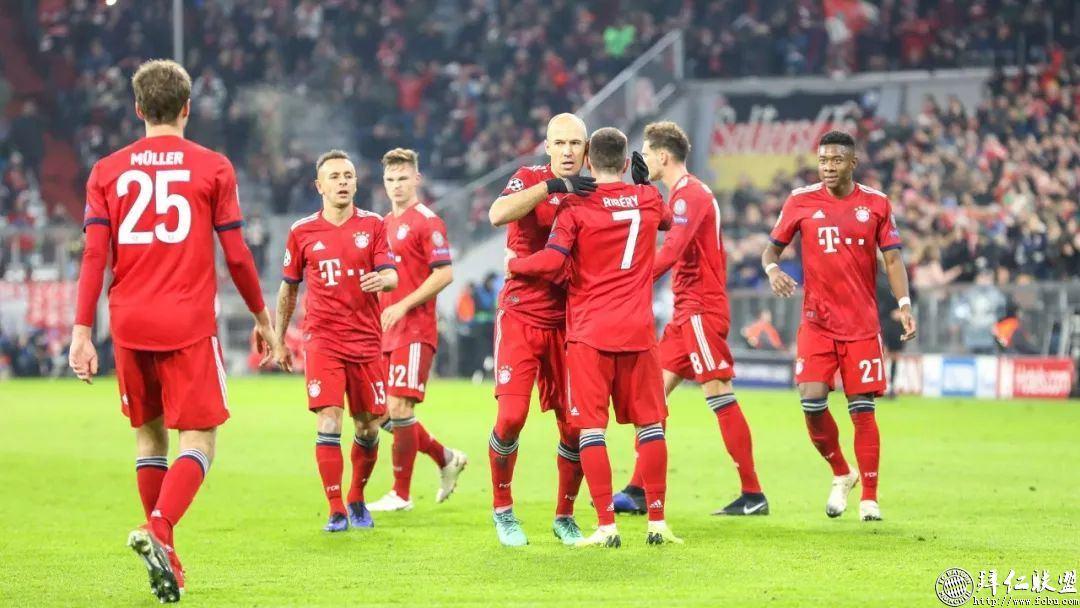 欧冠提前出线 拜仁5:1本菲卡 罗本梅开二度15