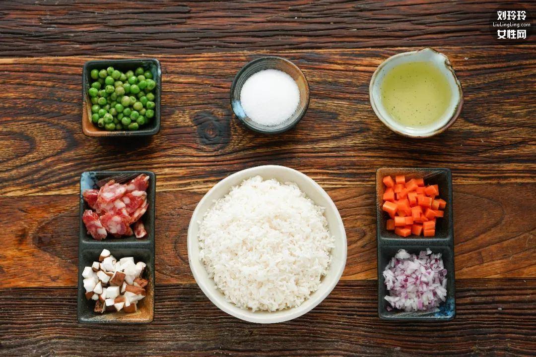 电饭锅焖饭懒人饭 用电饭锅做最简单的菜2