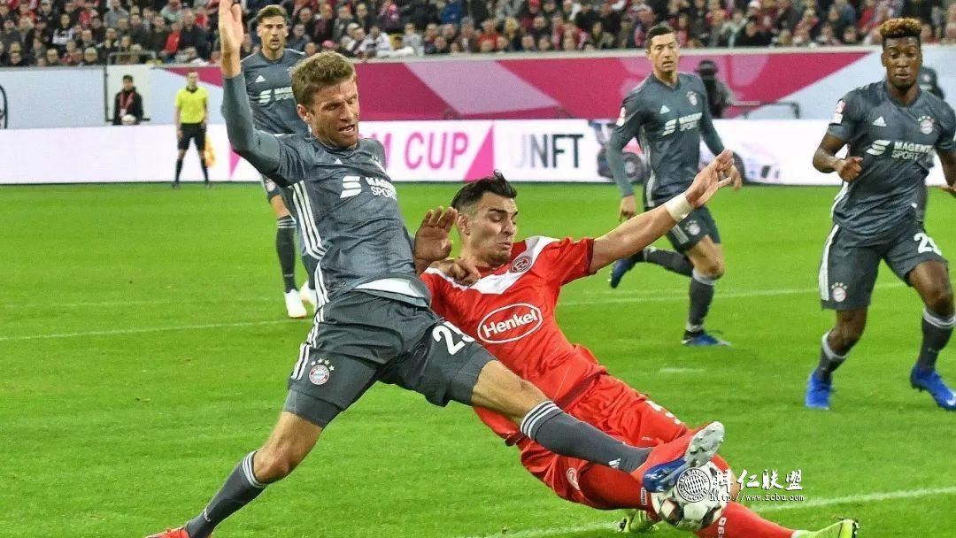 德国电信杯决赛卫冕冠军拜仁点球4:2门兴2