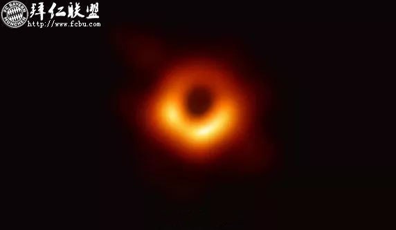 迄今为止世界上第一张黑洞照片公布啦2