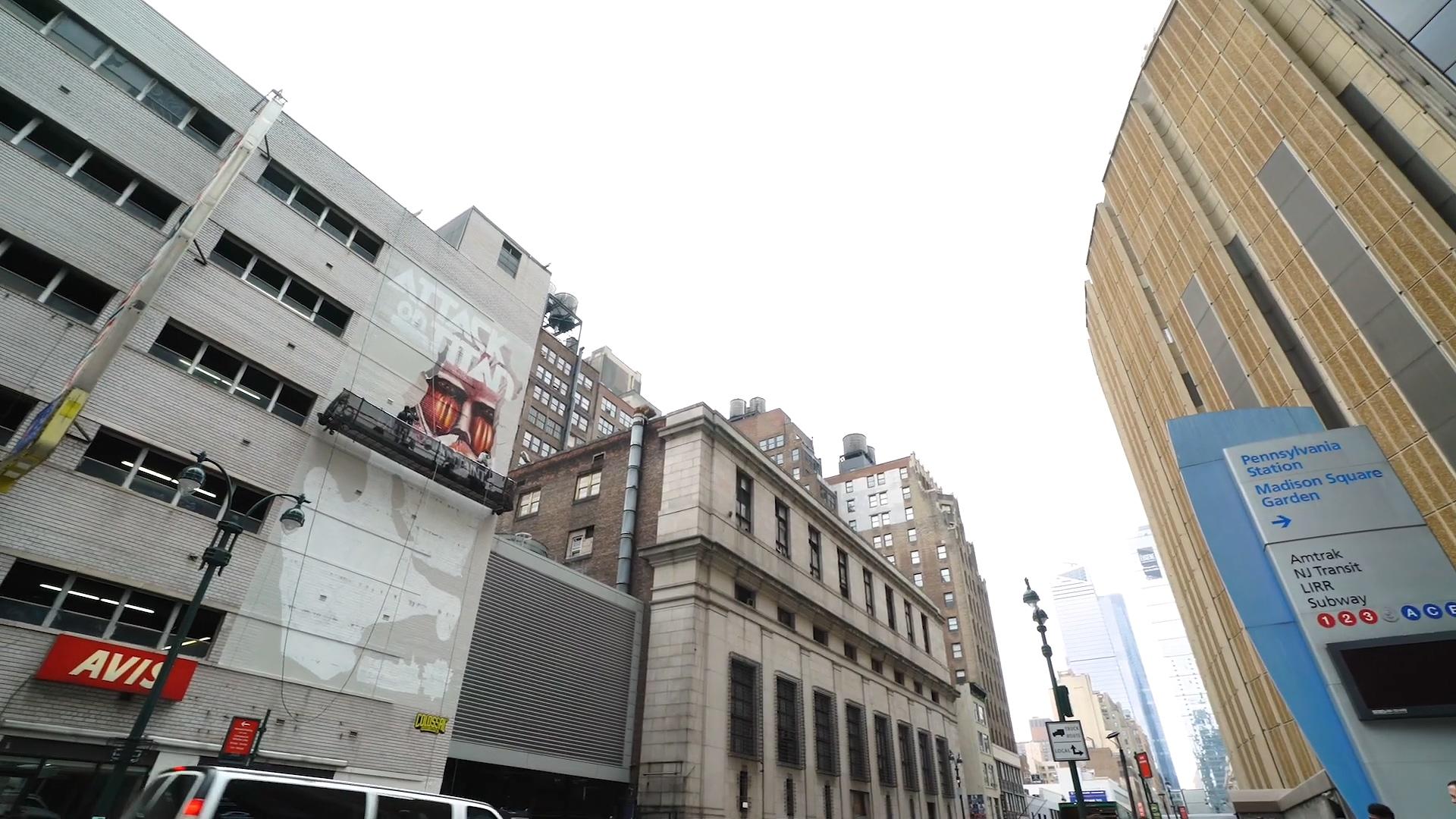 进击的巨人 纽约 麦迪逊花园广场 壁画ニューヨークの壁に「進撃の巨人」を描いてみた!メイキング2/We drew 'Attack on Titan' on the wall in New York [making2].mp4_000022.620