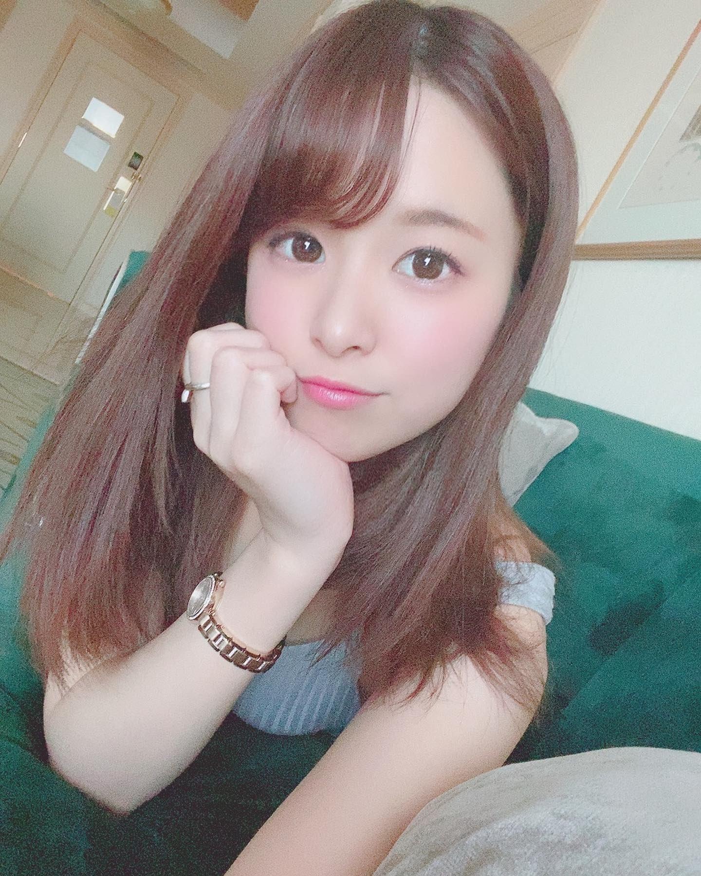 hikari_ninoheee 1233067886006001666_p0