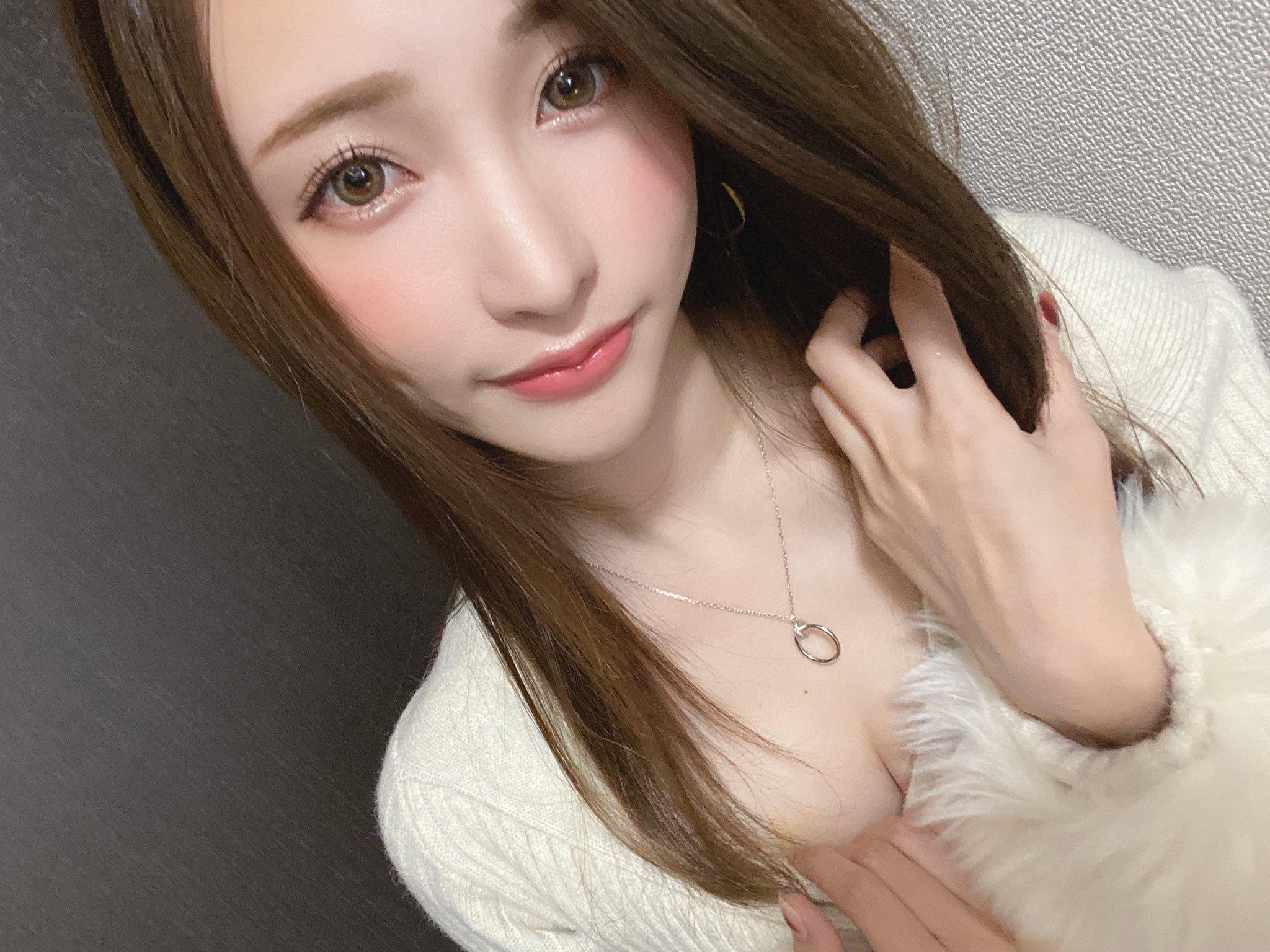amatsuka_moe 1241659664820891648_p0