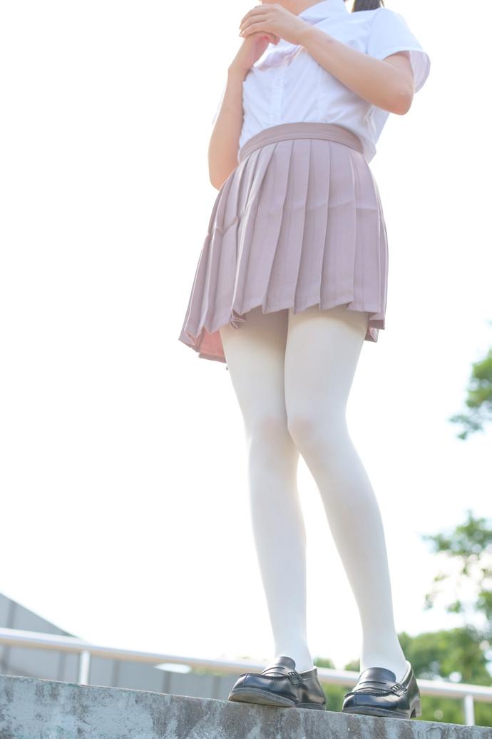 学校里的丝袜少女 清纯丝袜