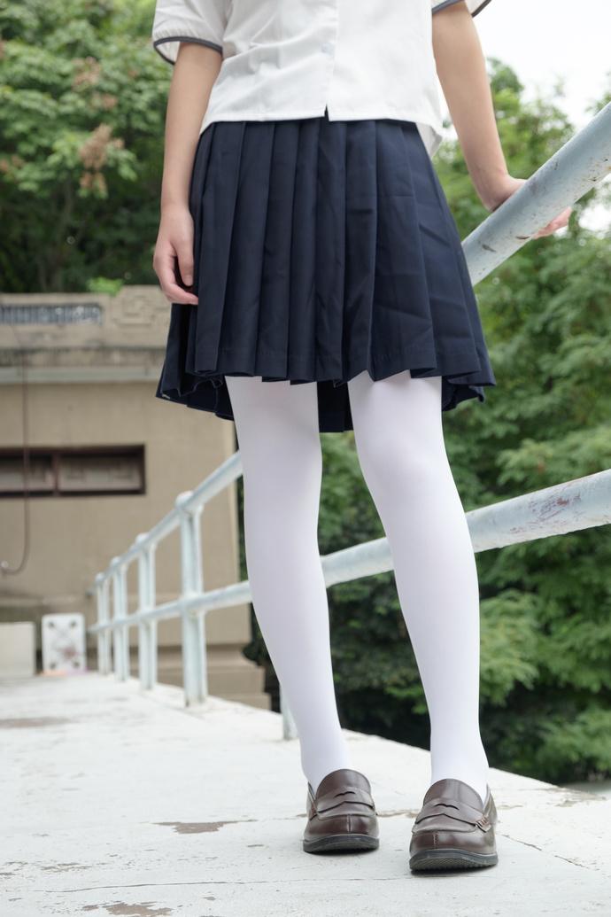 双马尾白丝小可爱 清纯丝袜
