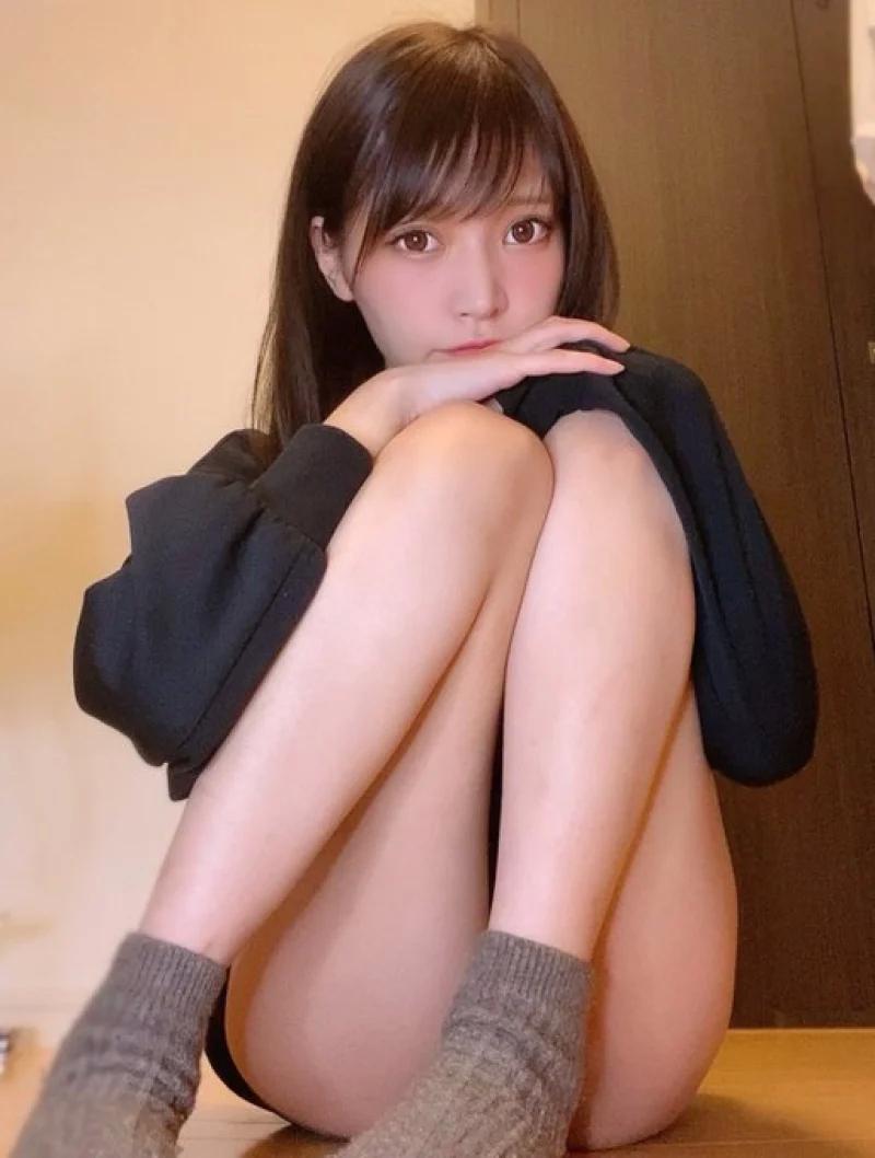 日本萝莉超巨车灯藏不住,做我女朋友ba