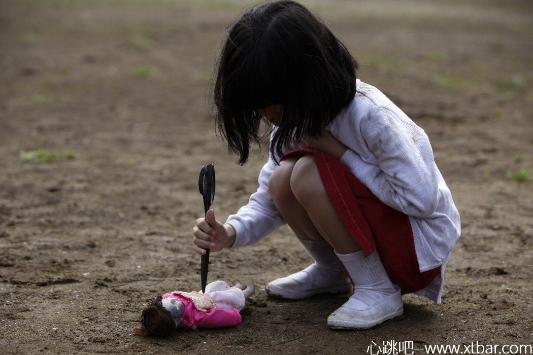 0085j6oIly1gi3emvu8ayj30t60jgae2 - [日本都市传说]:厕所里的花子,上厕所时你听到她的笑声了么?