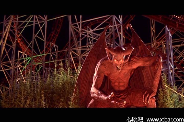 0085j6oIly1gi5ofamsdmj30k00dc76e - [心跳吧周末恐怖片推荐]:《死神来了3》,游乐园一秒变地狱!