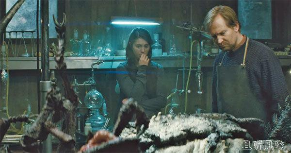 科幻恐怖片《怪形前传/异种2011》迅雷下载 寄生兽原形