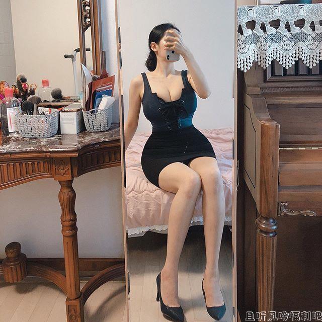 韩国大胸美女