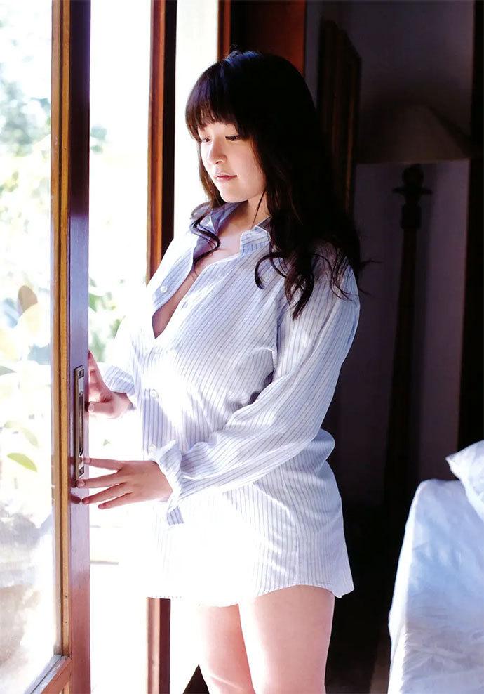 柳濑早纪(Saki Yanase)
