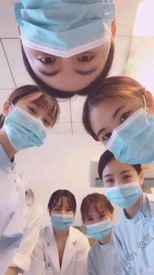 刚做完手术看到这些美女护士又崩了
