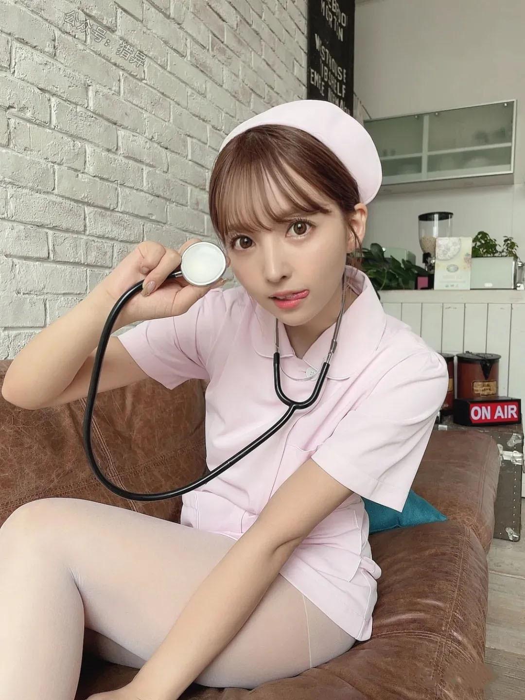 三上悠亚什么时候去做护士了