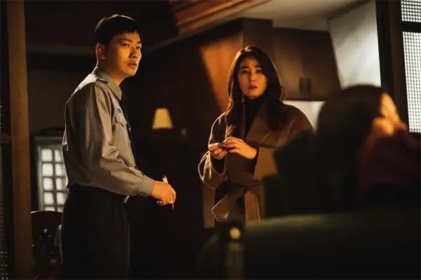 韩国电影《电话》