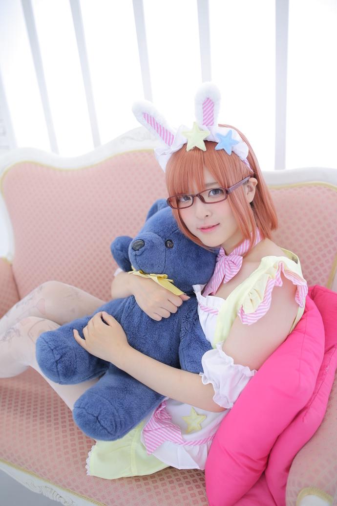 软萌的兔叽少女 中日妹子