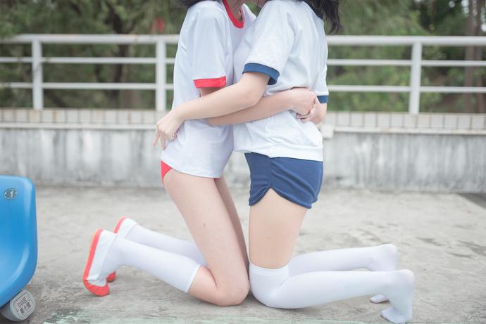 白丝百合少女写真 清纯丝袜