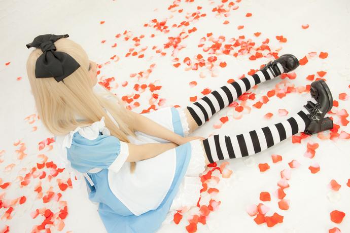 爱丽丝少女写真 清纯丝袜