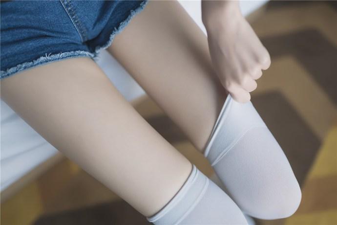 白丝赛高 清纯丝袜