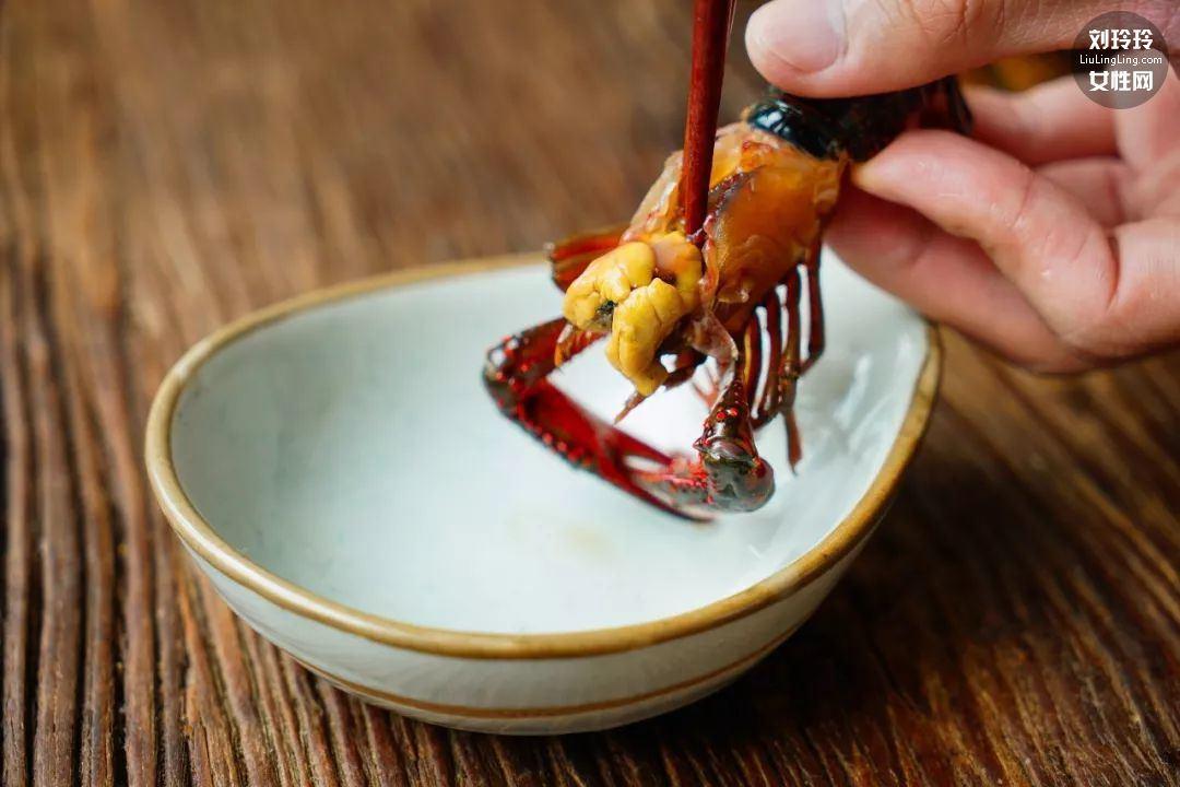 虾黄香辣小龙虾 小龙虾这样做才好吃3