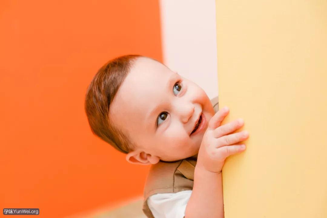 孩子小时候难带 长大后可能很有出息!2