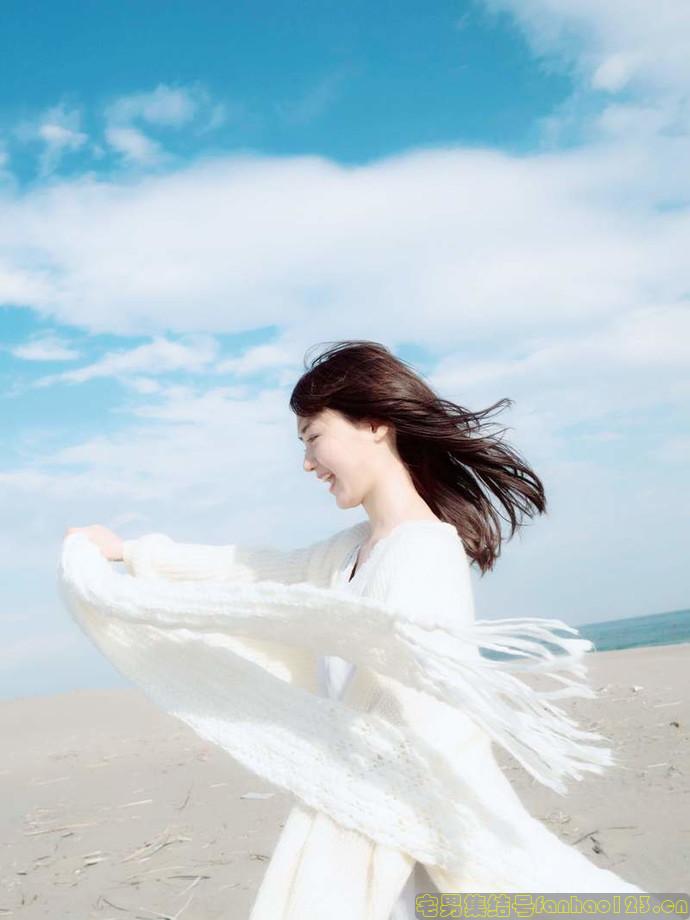 【日本女优】美少女声优《尾崎由香》时隔两年再次推出第二本写真集