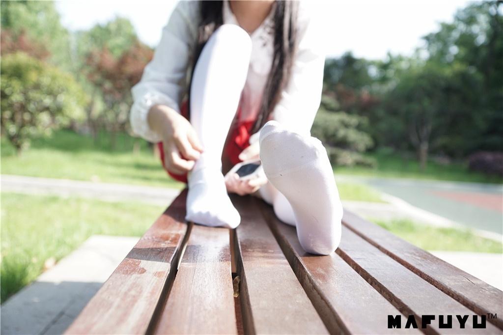 神楽板真冬-少女と自然と白い靴下系列[75P/1.06G]