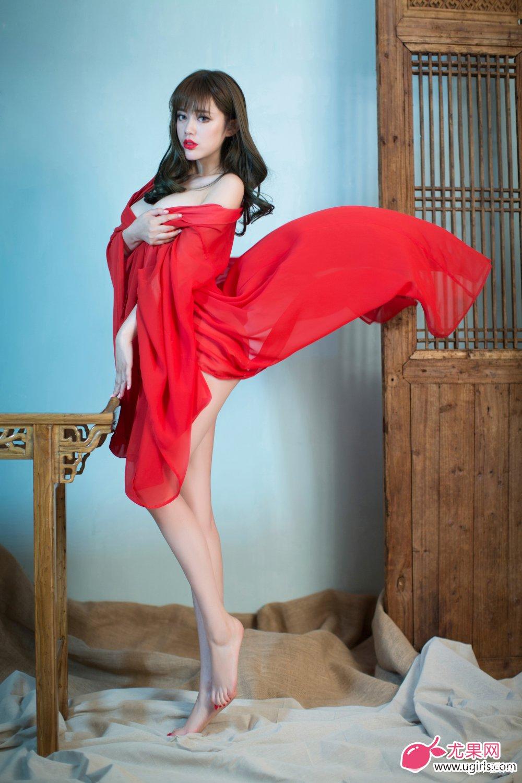 [Ugirls尤果网]2014-06-07 E018 美腿车模 王轶玲 美女写真 热图14